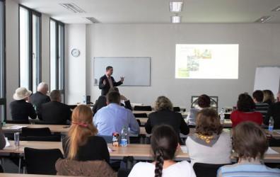 """(Česky) 5. ročník konference """"Vzdělávání 3. věku – příležitost pro společnost"""""""